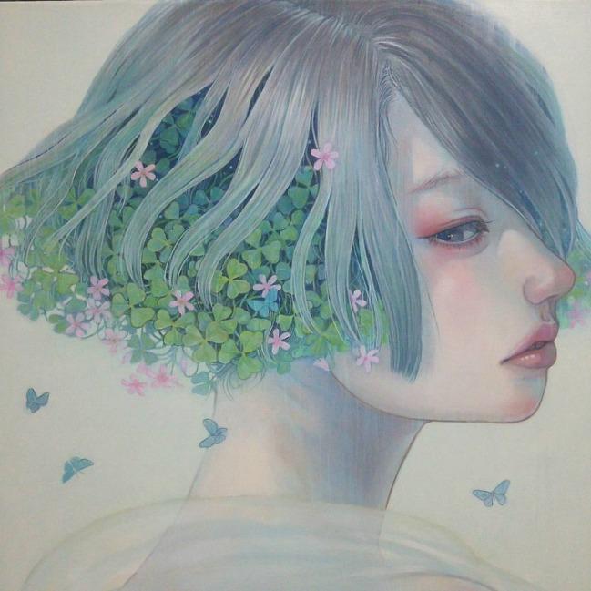 Αιθέρια γυναίκα με τριφύλι  – Miho Hirano