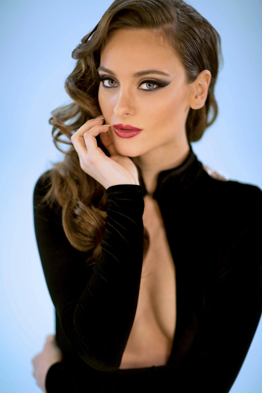 Κορίννα Καπλάνη: Η πρέσβειρα της ελληνικής ομορφιάς στην άλλη πλευρά του Ατλαντικού