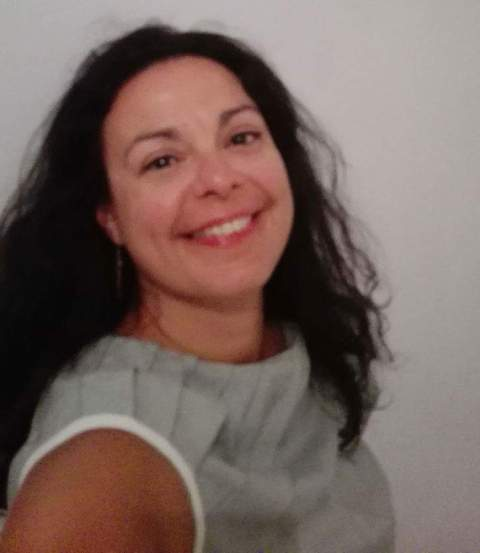 Το Writer's Gang συνομιλεί με την ποιήτρια Καρίνα Βέρδη