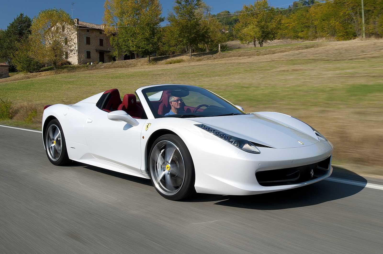 Μία Ferrari αποκαλύπτει!  (η κατάρα είναι γαϊδάρα..)