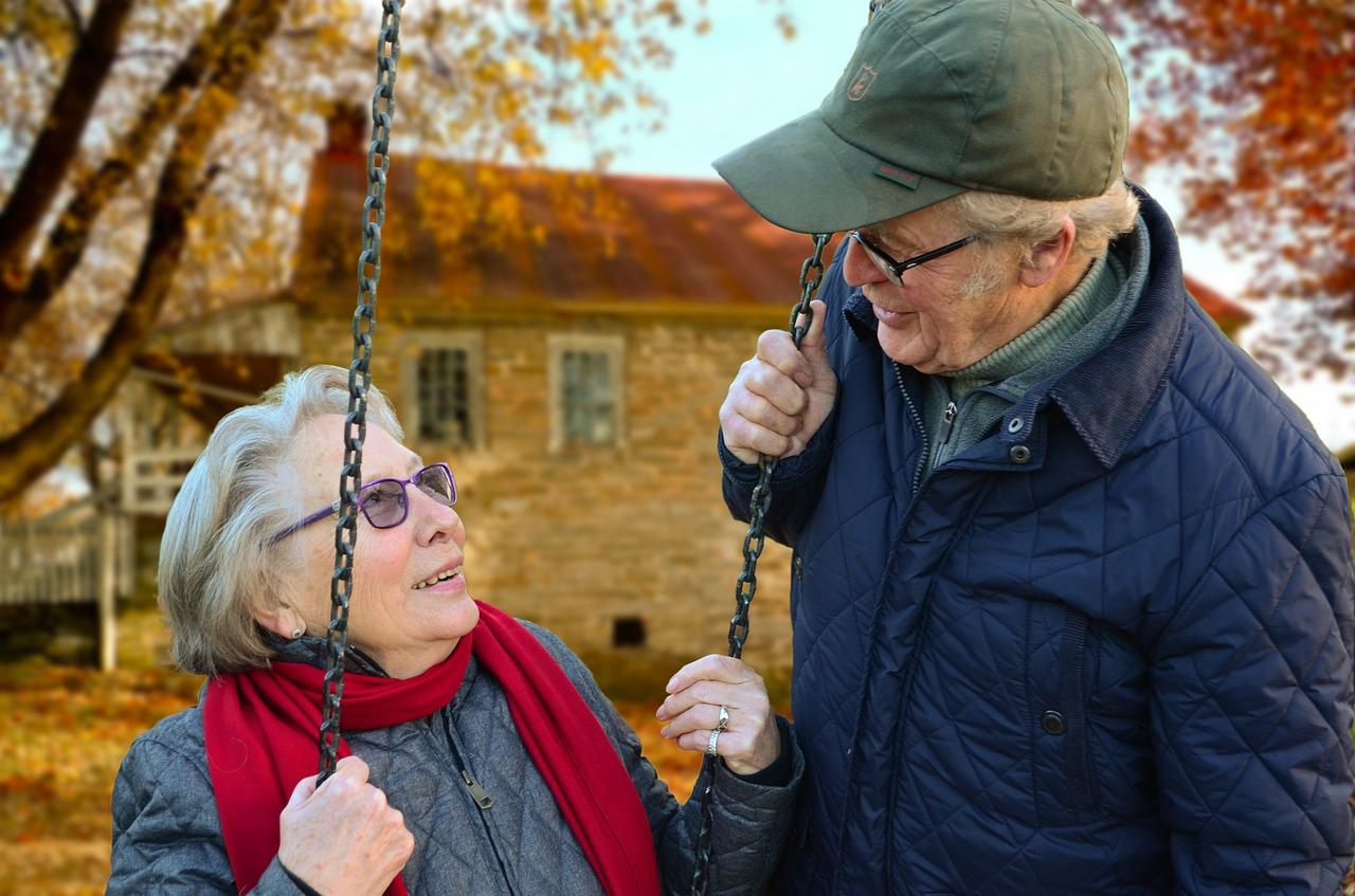 Ελπίδες από πειραματικό «κοκτέιλ» ότι η γήρανση μπορεί να αναστραφεί στους ανθρώπους