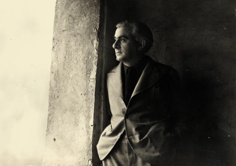 Εκθεση προς τιμή του ελληνικής καταγωγής Κριστιάν Ζερβός στο Μουσείο Μπενάκη