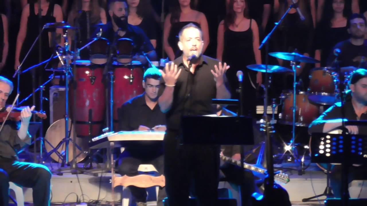 Ο μουσικός και στιχουργός Χρήστος Παπάζογλου μιλάει για την πορεία του στο χορωδιακό τραγούδι.