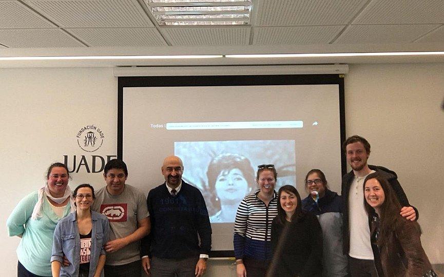 Ελληνας γλωσσολόγος διαπρέπει στις ΗΠΑ διδάσκοντας λατινογενείς γλώσσες και μιλώντας …γκουαρανί