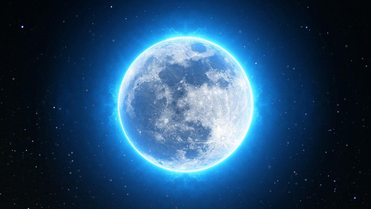 Η Σελήνη επηρεάζει τόσο τον ύπνο των ανθρώπων όσο και την περίοδο των γυναικών
