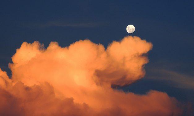 Πανσέληνος στους Ιχθείς,  21 Σεπτεμβρίου μετά τα μεσάνυχτα